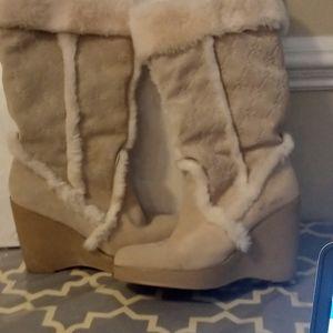 Comfy warm boots